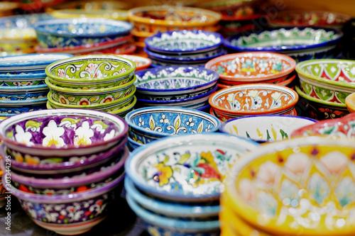 Fotografia piatti arabi e orientali colorati