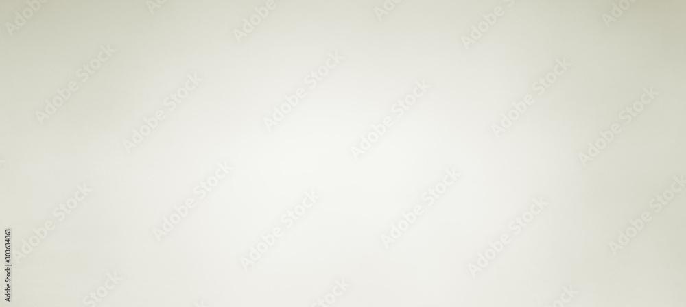 Stary biały tło z miękką rozmytą teksturą na granicach w jasnobrązowym lub beżowym kolorze z pustym środkiem, zwykły prosty elegancki biały <span>plik: #303634863 | autor: Attitude1</span>
