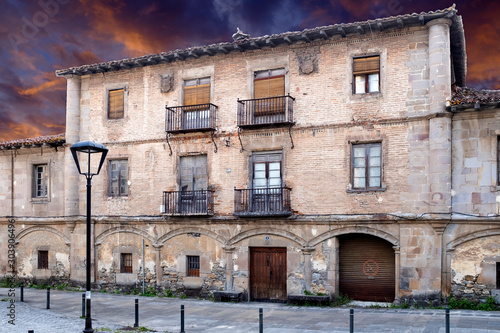Casona antigua en Amurrio, Álava (España)