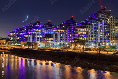 Battersea is a district of south west London, England, within London Borough of Wandsworth фототапет