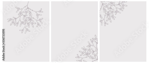 Stampa su Tela Vector Illustrations with Brown Hand Drawn Sprigs of Mistletoe Isolated on a Light Brown Background