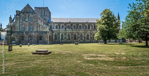 Obraz na plátně Summertime at Winchester Cathedral