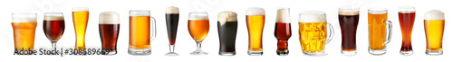Fotografia Glassware with fresh beer on white background