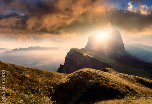 Obraz na plátně Wonderful Alpine Landscape during Sunset