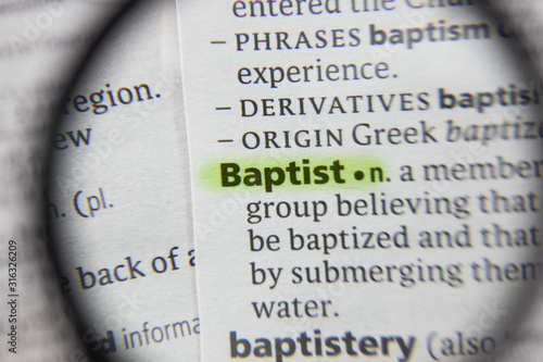 Foto The word or phrase Baptist in a dictionary.
