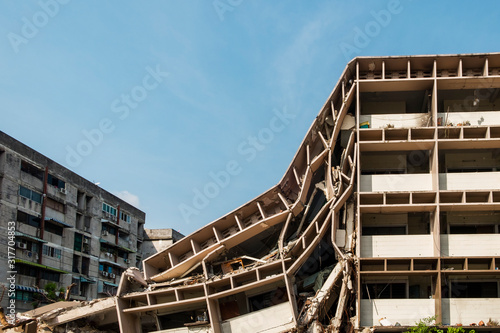 Fotografering apartment building was  collapse