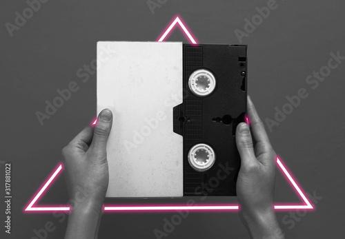 Obraz na płótnie Fala syntezatora i trójkąt - futurystyczna estetyka