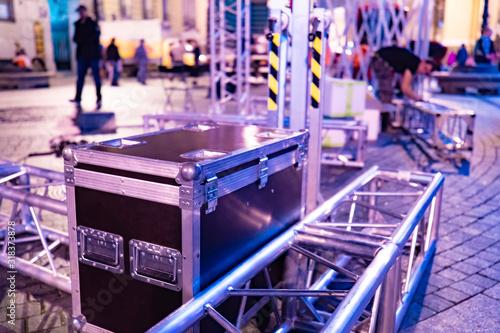 Billede på lærred Transportation of concert equipment