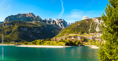 Photo Molveno in Brenta Dolomites (IT)