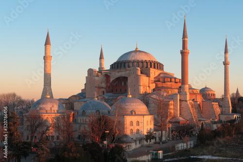 Canvas-taulu Istanbul, Turkey - Jan 11, 2020: Turkey Istanbul Elevated view of the Hagia Soph