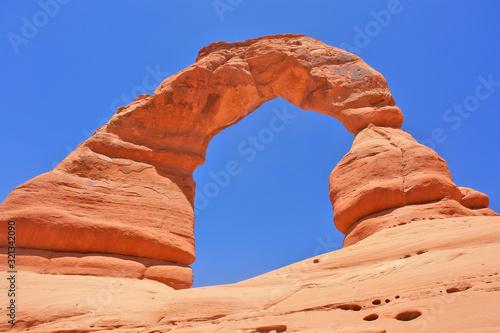Obraz na plátne Delicate Arch in Arches National Park in Utah, United States