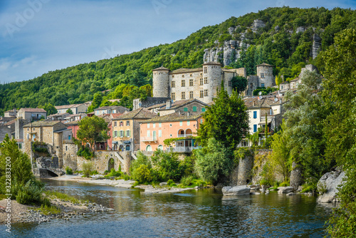 Carta da parati Gorges de l'Ardèche village de Vogüe