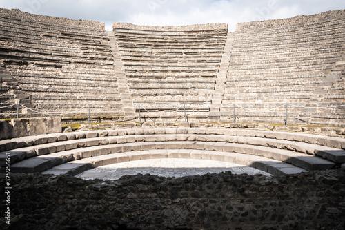 Billede på lærred Ancient amphitheatre