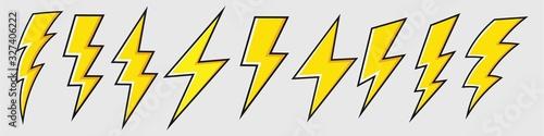Photo Lightning bolt icon set, Energy and thunder electricity symbol concept, vector I