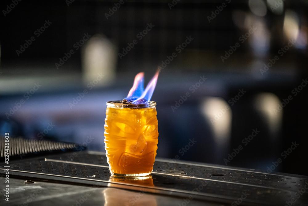 Flaming Cocktail <span>plik: #327425803 | autor: Spencer L Stanton</span>