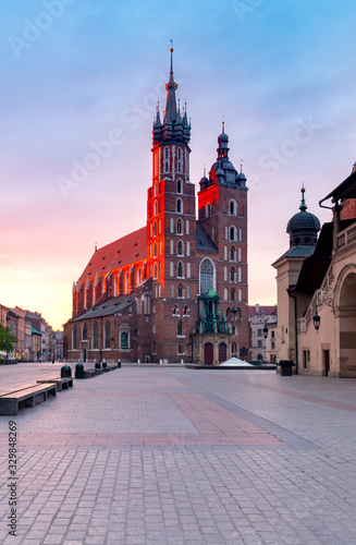 Krakow. St. Mary's Church and market square at dawn.