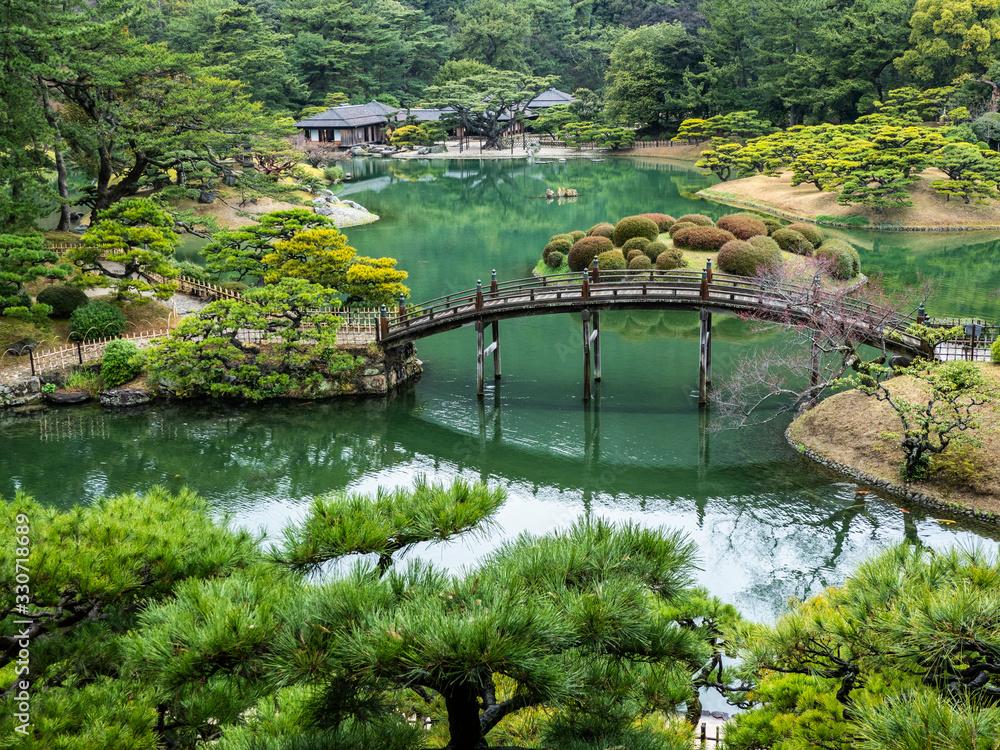 Overview of A Japanese Garden <span>plik: #330718689 | autor: Akio Mic</span>