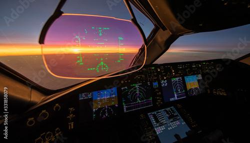 Fotografía Sunset from the flightdeck of the Boeing 787
