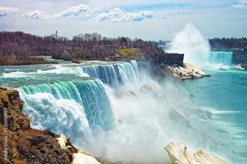 Niagara Falls from the American side in spring Fototapeta