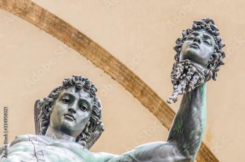 statue of the Italian Florentine Renaissance: the Perseus of Cellini Fototapet