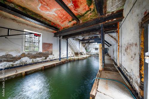 Leinwand Poster Abandoned boathouse