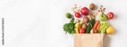 Photo Delivery or grocery shopping healthy food