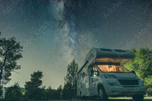 campervan caravan vehicle for van life holiday on mobile home camper mobile moto Fotobehang
