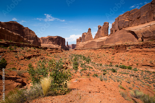 Photo The Park Avenue section of Arches National Park near Moab, Utah.