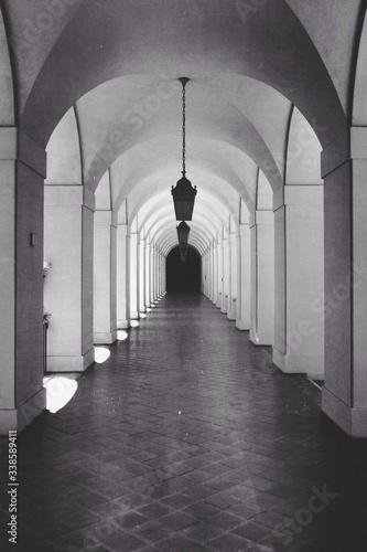 Obraz na płótnie Empty Archway