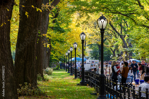 THE MALL, CENTRAL PARK, NEW YORK, USA-OCT, 26: People walking down through the Mall in the Park, October, 26, 2019 Poster Mural XXL