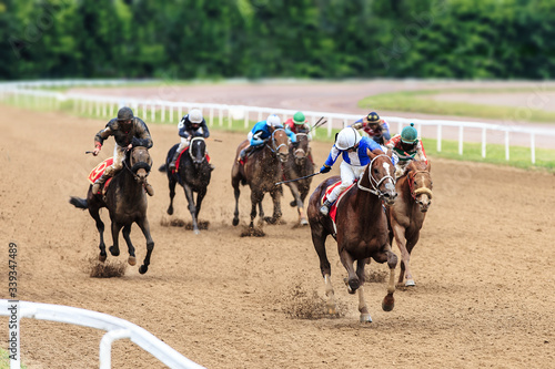 Canvastavla racetrack horse racing jockey approaching the finish line, sports with horses, r