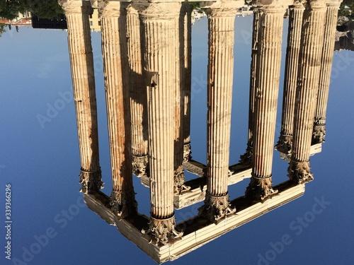 Cuadros en Lienzo Colonnades Against Sky At Temple Of Zeus