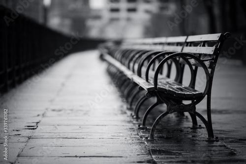 Billede på lærred Empty Benches On Footpath