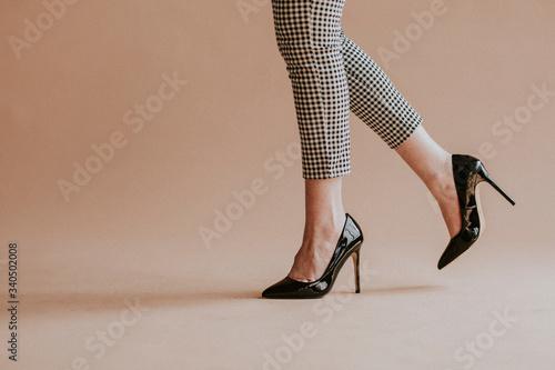 Black patent leather heels Fototapet