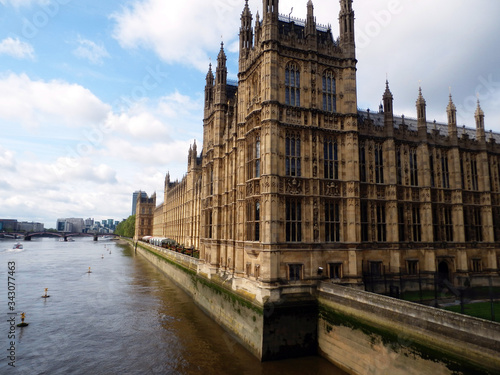 Fototapeta Low Angle View Of Palace Of Westminster In London