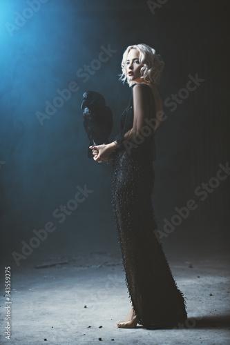 sorceress with raven Fototapeta