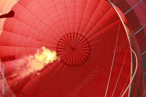 Obraz na płótnie Low Angle View Of Hot Air Balloon
