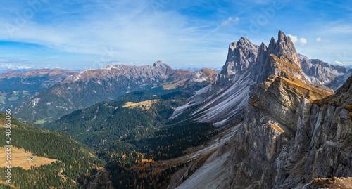 Obraz na plátně Picturesque autumn Alps mountain scene, famous italian Dolomites Seceda majestic rock, Sass Rigais, Sudtirol, Italy