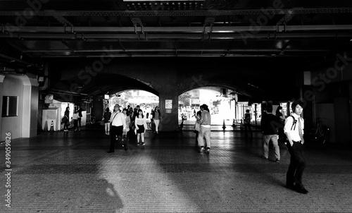 Slika na platnu People Walking On Passage At Station