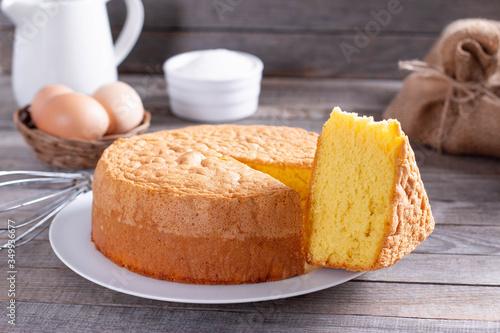 Valokuvatapetti Fresh sponge cake