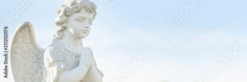 Fotografía Guardian angel of children as symbol of love, faith, hope and good