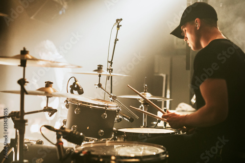 Fotografering Drummer in a rock concert