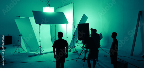 Fotografering Shooting studio for photographer and creative art director with production crew