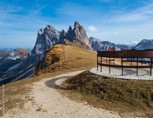 Fototapeta Picturesque autumn Alps mountain scene, famous italian Dolomites Seceda majestic rock, Sass Rigais, Sudtirol, Italy