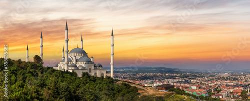 Fotografie, Obraz Camlica Mosque in Istanbul, Turkey, sunset view