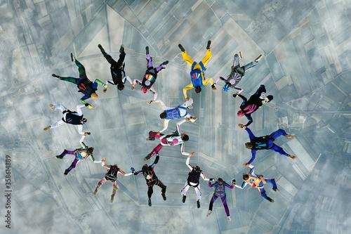 Fotografie, Obraz Skydivers in Formation