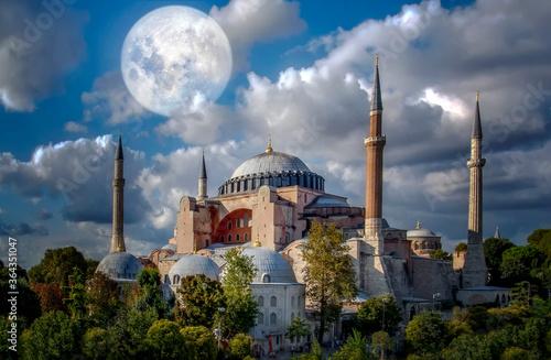 Valokuvatapetti Sunny day architecture and Hagia Sophia Museum, in Eminonu, istanbul, Turkey
