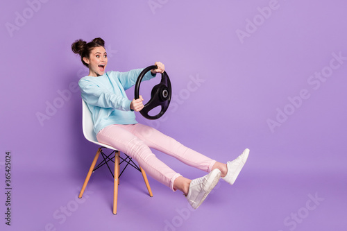 Fotografering Portrait of her she nice-looking attractive funny glad cheerful cheery girl sitt
