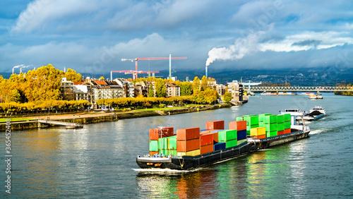 Valokuva Container ship on the Rhine River in Mainz - Rhineland-Palatinate, Germany