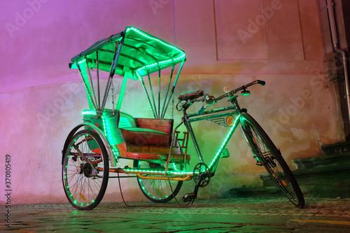 Fotografie, Obraz Neon rickshaw